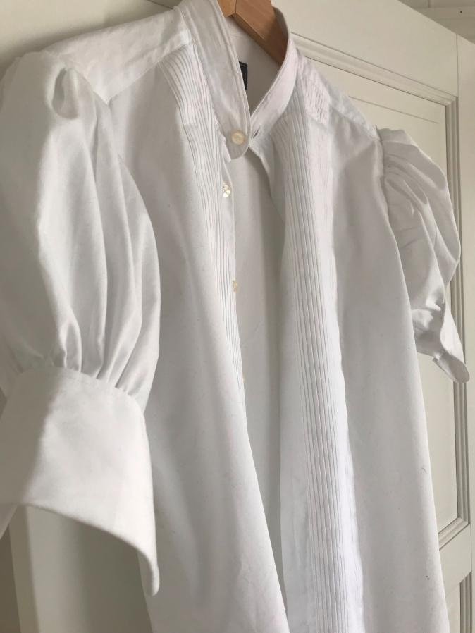 ÅtervunnenFrackskjorta